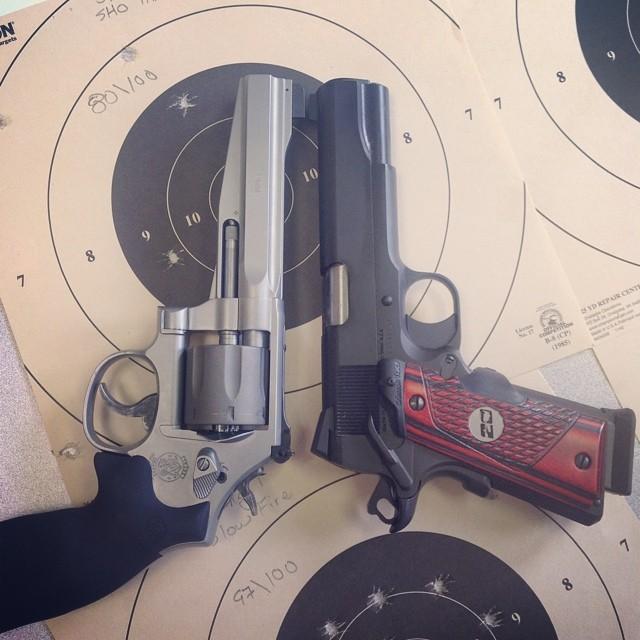 1911 vs revolver