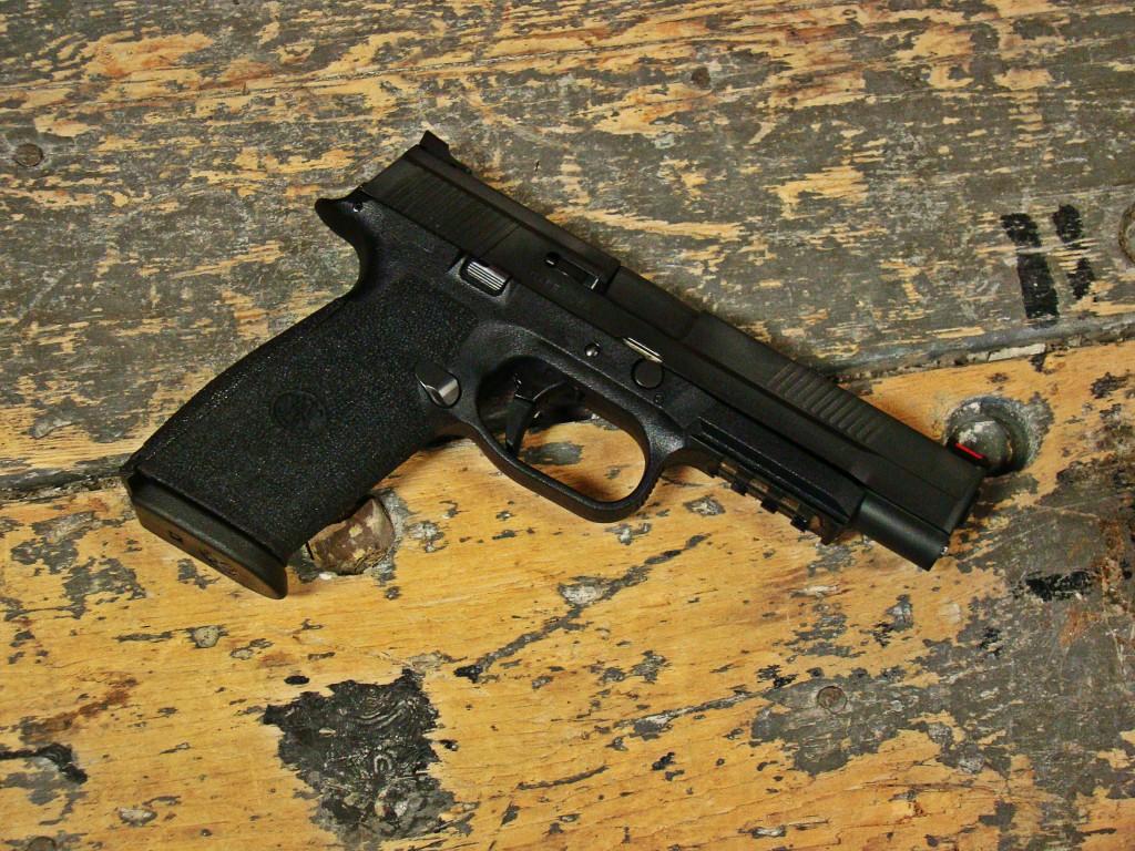 FNS9 Custom
