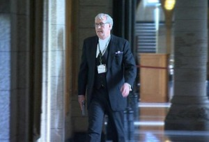 St. At Arms Kevin Vickers with the DAO S&W 3rd Generation semi auto he used to put down a terrorist who attacked the Canadian parliament.