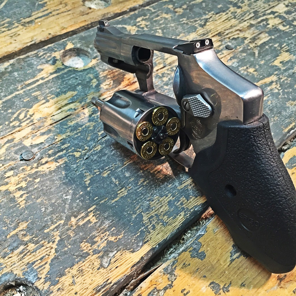 Smith & Wesson 640 Pro Series cylinder open