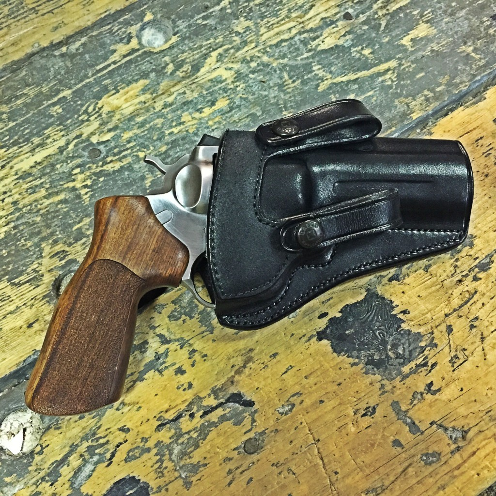 Ruger GP100 Galco holster