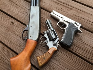 """Remington 870 Wingmaster riot gun, 3"""" S&W model 10, S&W 5906"""